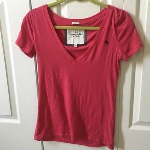 Abercrombie Women's Pink Vneck T-shirt - Small